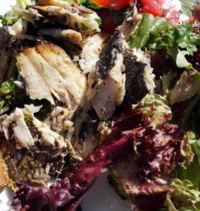 Silakat toimivat hyvin myös osana ravintolan lounaan salaattipöytää.